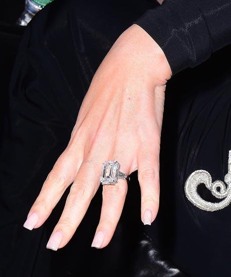 Mariah Carey First Wedding Ring Mariah Carey's 35 ca...