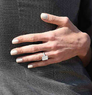 7 carat diamond ring for Amald by George Clooney