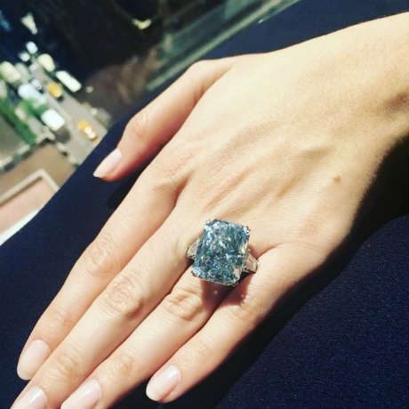 The cullinan-dream largest fancy intense blue diamond ring