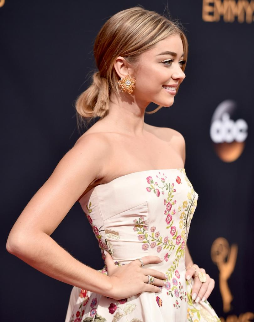"""Modern Family"" star Sarah Hyland Diamond Jewelry"