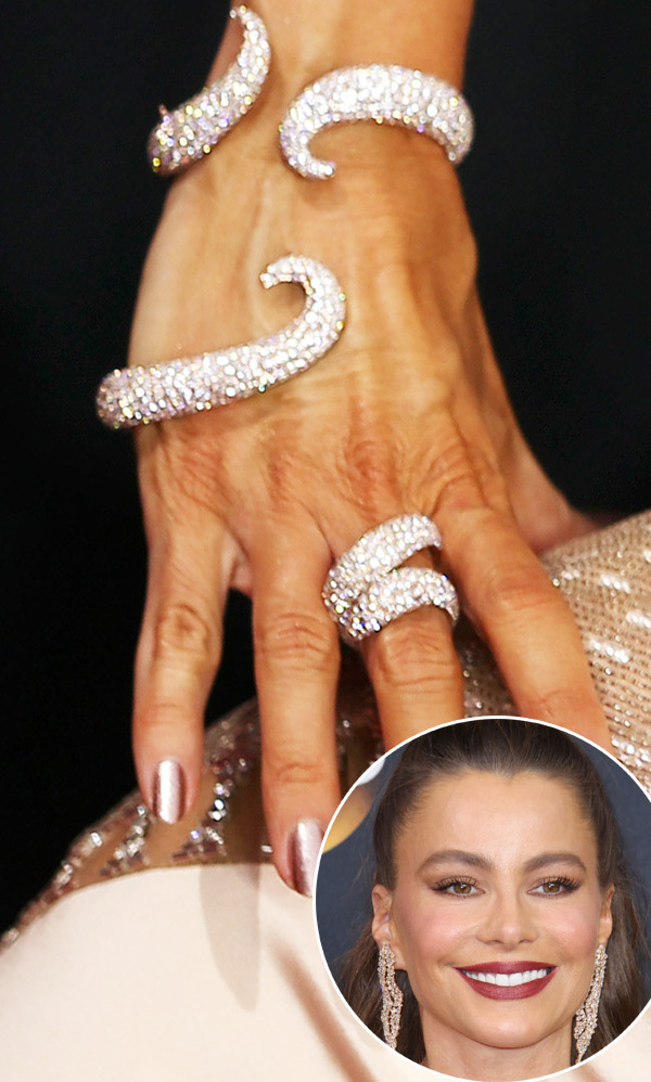 Lovely actress Sofia Vergana  Diamond Jewelry