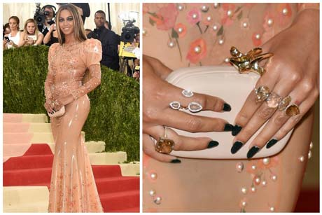 Diamond Rings Beyonce