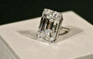 From Loose Diamond to Diamond Ring