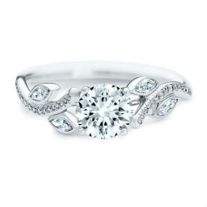 独特的订婚戒指