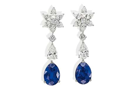 Sapphires and diamond pair of earrings
