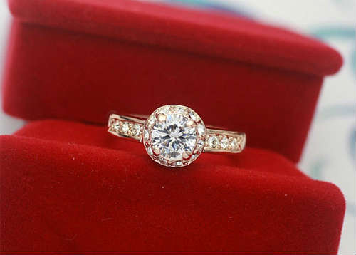 Diamond ring gift for Valentine's day