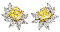 Yellow diamond earrings flowers