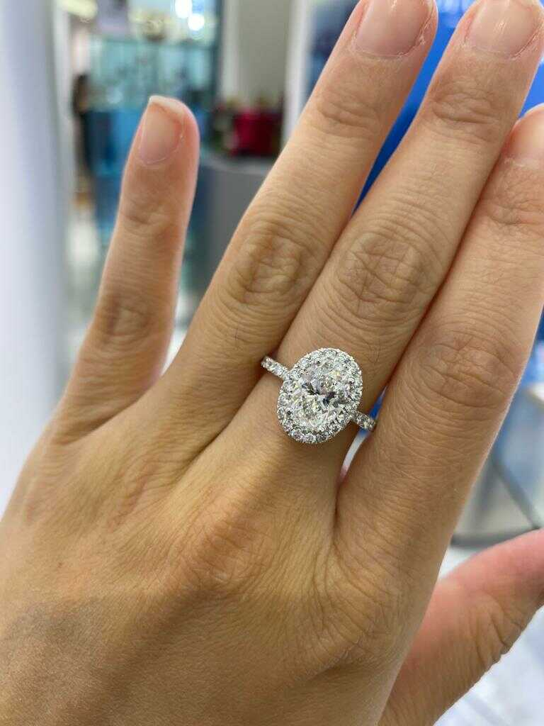 2.5 carat diamond ring