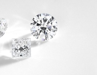 Choosing loose diamonds for unique engagement rings